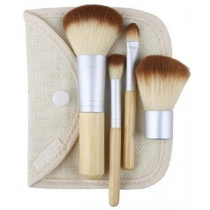 LyDia 4pcs Eco-Friendly Bamboo Handle Mini Makeup Brush Set